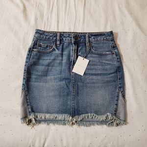 NWT HIDDEN Jeans Frayed Denim Skirt